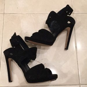 Zara Heeled Sandals With Cutout Front Black
